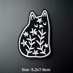Accessories - Cute Flower Black Cat Iron On Embroidered Patch